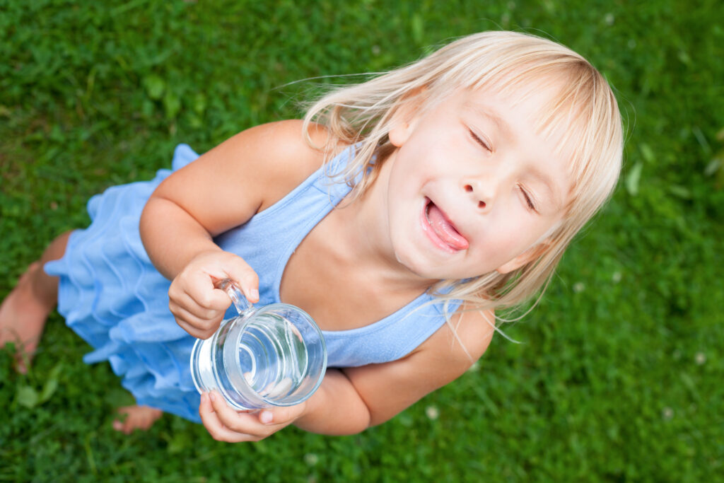 can-drinking-water-help-prevent-cavities-in-kids